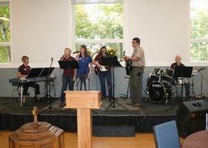 Praise Band12Oct13 010